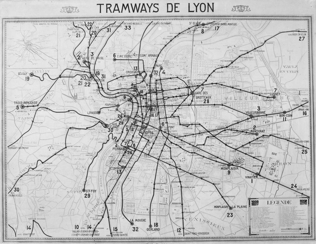 38 PH 1 138 : Transport en commun : plan du réseau de tramways électriques de l'O.T.L. en 1913. - photogr. nég. sur verre ; 18 x 24 cm. Crédit : Fonds de la Société des Transports en Commun Lyonnais