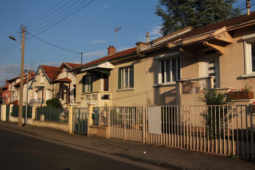 rue A Brinon