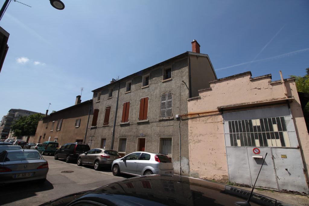 Rue des deux frères Villeurbanne, Villeurbanne