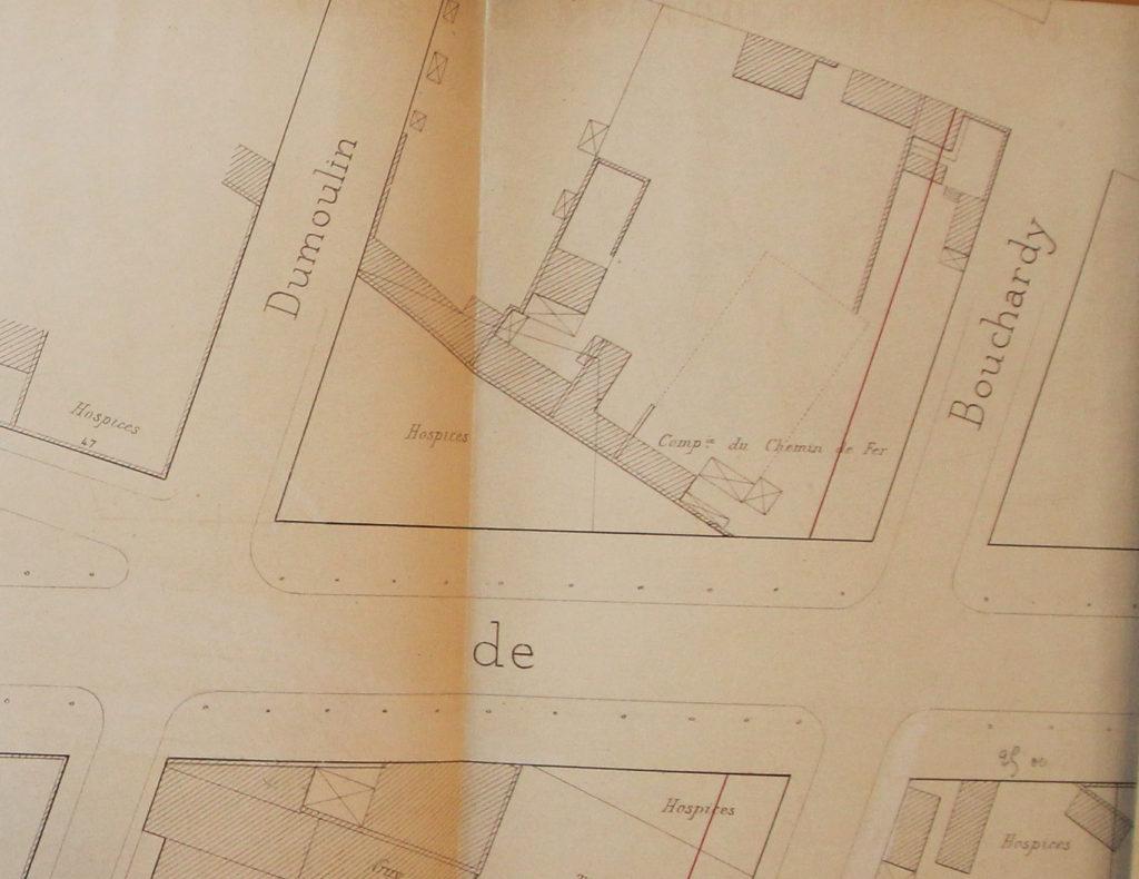 Vente d'un terrain communal situé Av de Saxe par la Ville à M Devaux en 1888 - 321 Wp 210 - AML