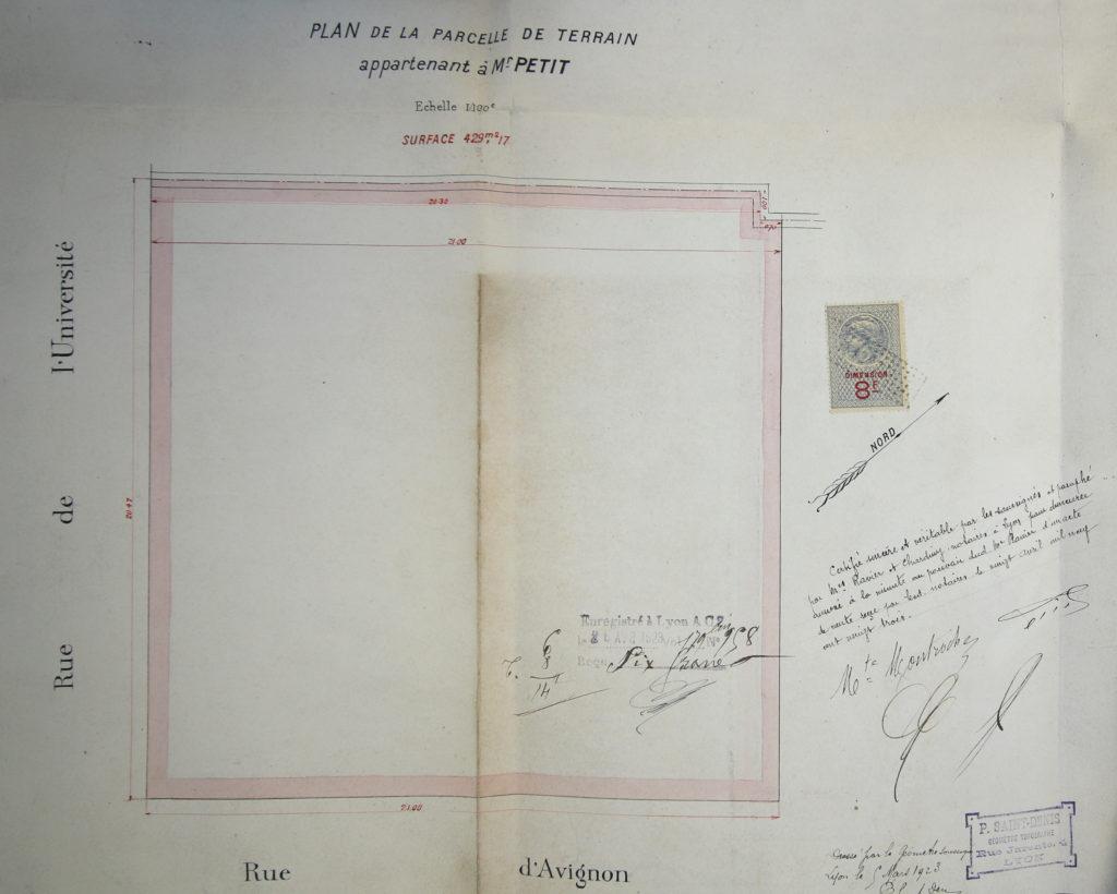 Plan d'un terrain vendu par la veuve Loizeau-Montrochet à Petit par devant maître Ravier le 20 avril 1923 - 3e37653 Ravier - ADR
